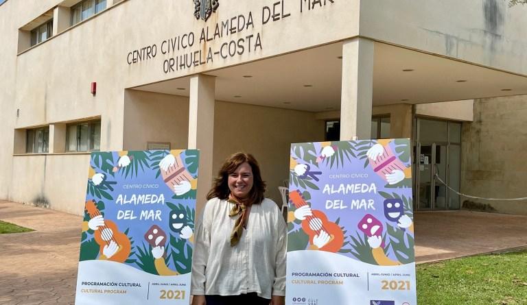 Cultura implanta en Orihuela Costa una programación infantil estable con talleres, cuentacuentos y teatros en varios idiomas