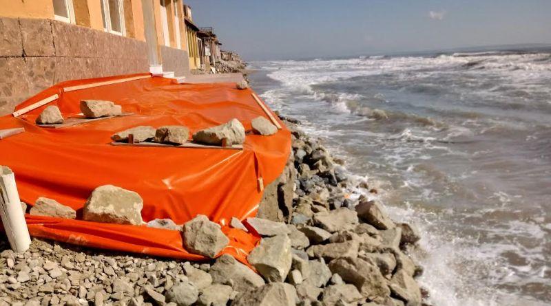 AHSA denuncia ante costas el vertido de inertes sobre la playa de Guardamar