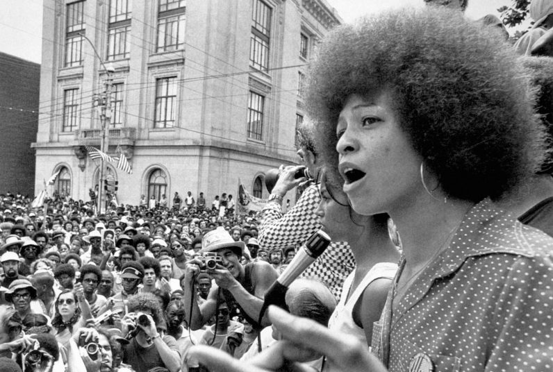 angela-davis,-lider-black-panther