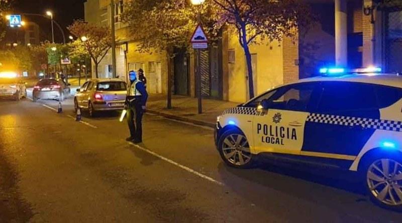 La Policía Local de Elche detiene a dos personas por agredir a agentes tras protagonizar sendos altercados