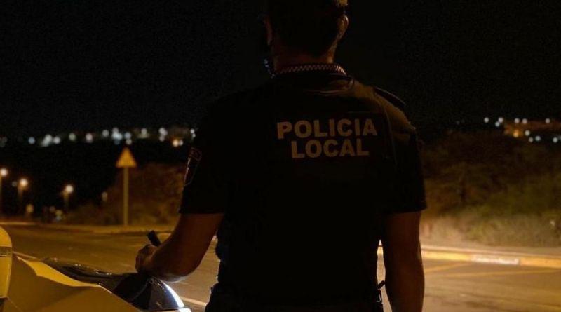 La Policía Local de Elche detiene a dos personas por circular con un vehículo robado
