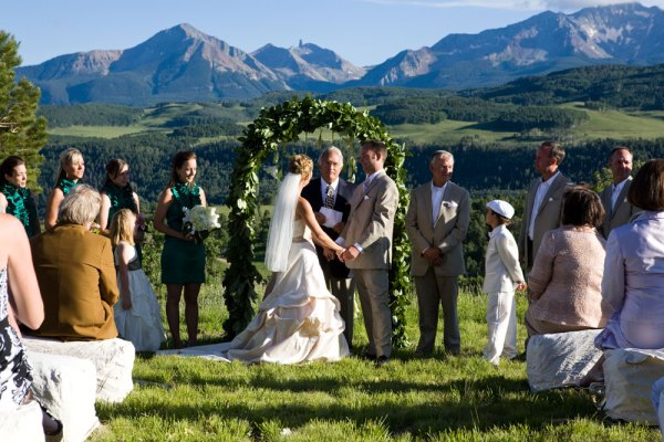 summer-mountain-wedding