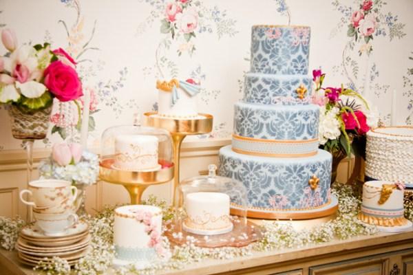 Victorian Era Themed Wedding Cake