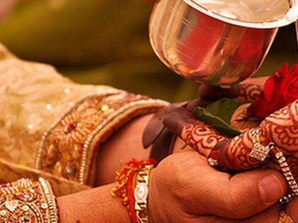 Traditional Gujarati Wedding-A2zWeddingCards