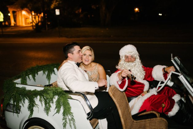 Christmas-Wedding-Inspiration-A2zWeddingCards