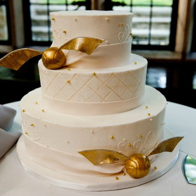 Golden snitch cake - Harry Potter Themed Wedding