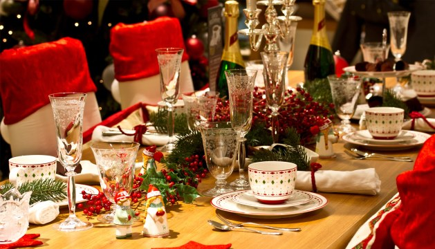 A Christmassy Wedding