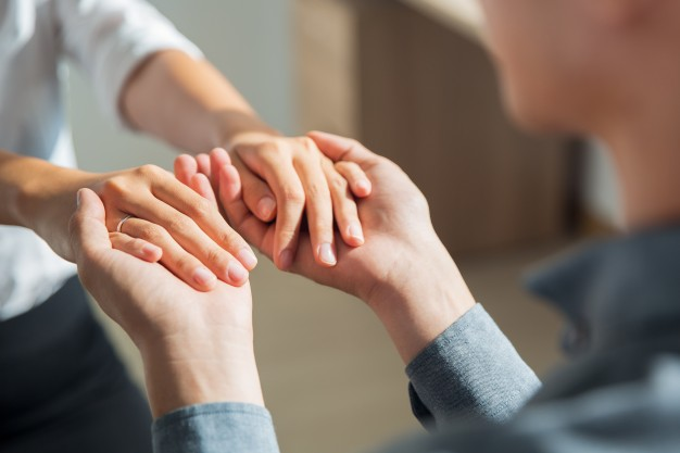 12 - The Power of Peers: How Support Groups Can Help Beat Alcoholism
