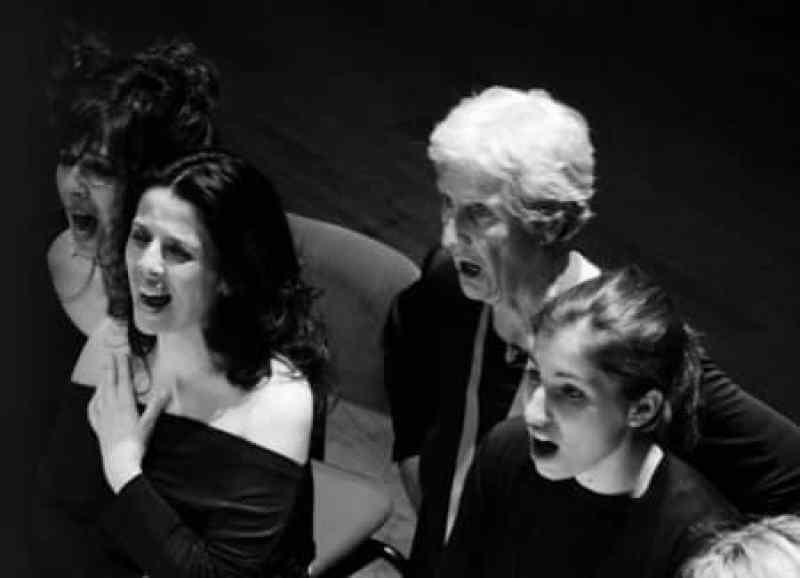 Giovanna Marini e Coro Arcanto