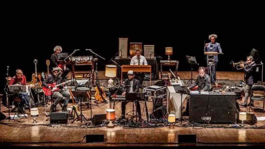 Shaloma Locomotiva Orchestra (photo by Manuel Palmieri)