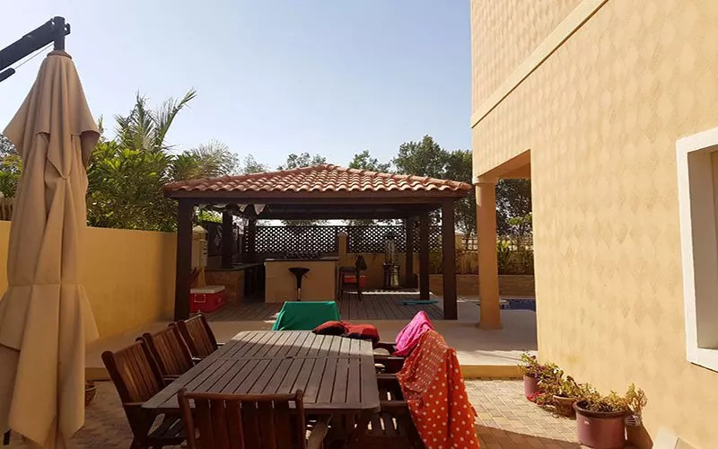 beautiful cabanas pergola and gazebo in Dubai