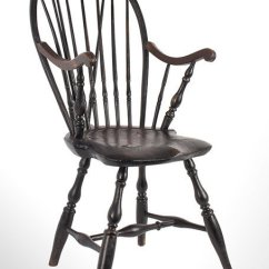 Antique Windsor Chairs Dark Brown Wood Dining Furniture Early Pilgrim American Bow Back Armchair In Old Surface Circa 1780 Angle View