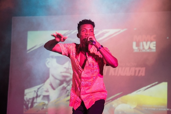 It is better to do songs that address social issues than songs that are popular or will make people dance – Kofi Kinaata