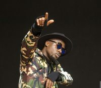 TeePhlow Taking Over The 2017 Music Scene By Storm