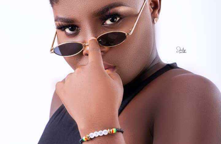 Photo of Female artiste to topple Wendy Shay, Becca, Fantana drops new music.