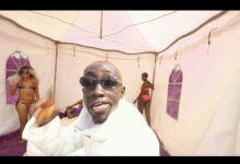 Photo of Kweku Smoke – Akata Ft. Bosom P-Yung (Official Video)