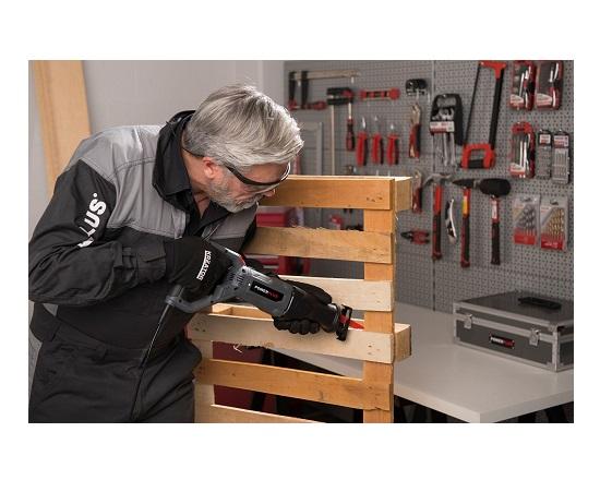 Bajonetsav med klinge 710 watt værktøj