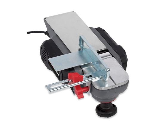 El høvl med 82 mm høvljern værktøj