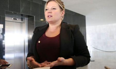 A líder do governo na Câmara, Joice Hasselmann: ela vota contra e colegas cantam vitória. Foto: Valter Campanato/Agência Brasil