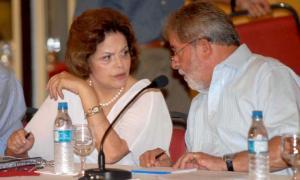 Dilma Rousseff, em 2009: como outros políticos, disse ter feito doutorado e não era bem assim. Foto: Fabio Rodrigues Pozzebom/Agência Brasil