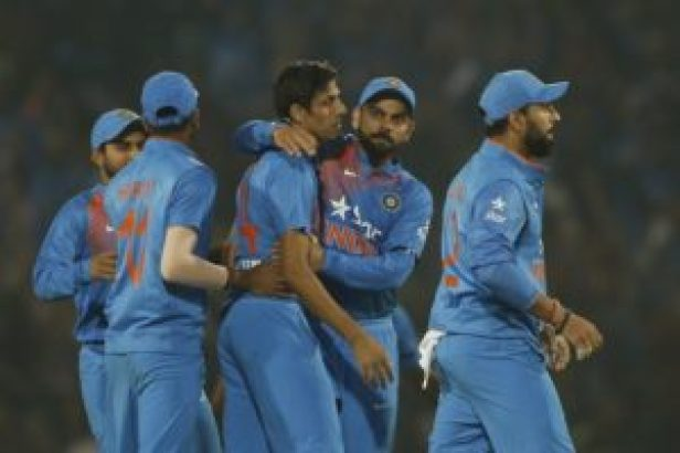 india wins second t20 match against england due to role of umpire