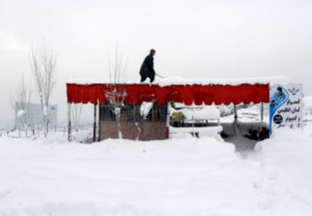 more than 100 people killed to avalanche in afghanistan
