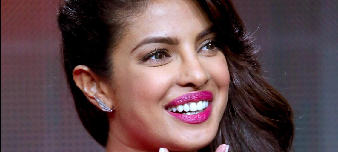priyanka chopra is against donald trump's immigration ban in america