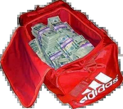 haji returns bag full of money and jewellry while he was performing hajj