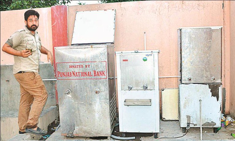 two unknown people mixed poison in madarsa water cooler