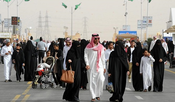 saudi arabia government made strict rules for those working in सऊदी अरब