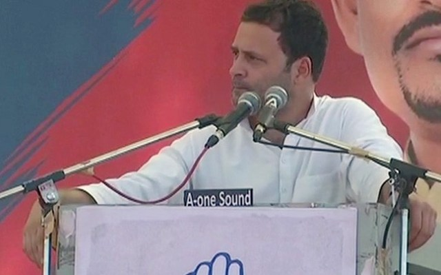 there was too much crowd in rahul gandhi rally in gujarat