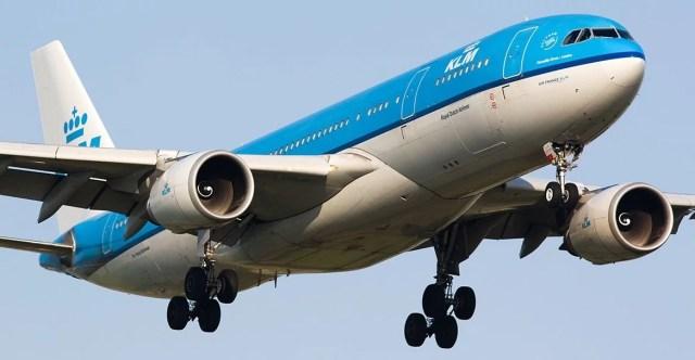 dutch airlines डच एयरलाइन emergency landing