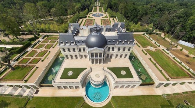 Image result for saudi prince bin salman buy very costly palace