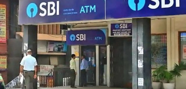 sbi एसबीआई customers need to change their debit cards