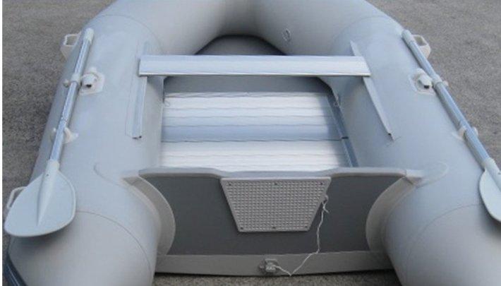 Tandem Axle Boat Trailer