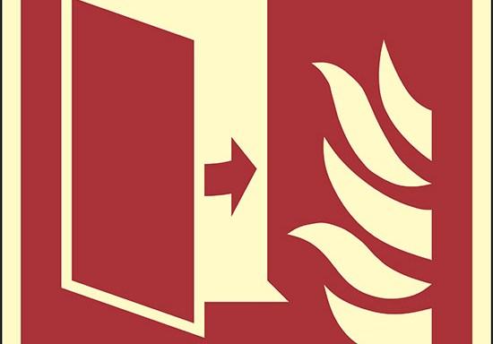 (porta di protezione antincendio – fire protection door) luminescente