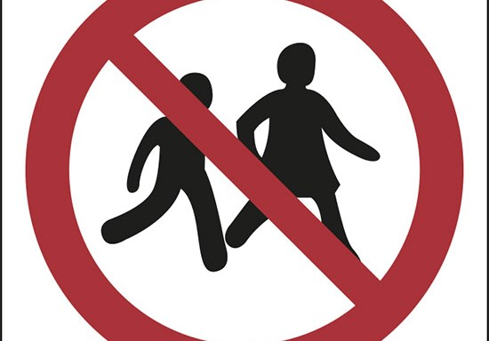 (no children allowed – proibiti i bambini)