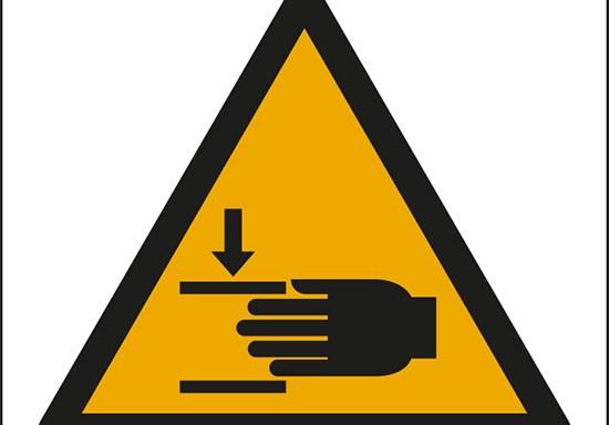 (pericolo di schiacciamento mani – warning: crushing of hands)