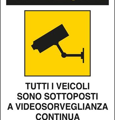 ATTENZIONE! TUTTI I VEICOLI SONO SOTTOPOSTI A VIDEOSORVEGLIANZA CONTINUA Art. 13 del Codice in materia di protezione dei dati personali D.Lgs. 101/2018 e del Regolamento UE 2016/679 (GDPR)