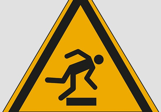 (warning: floor-level obstacle)