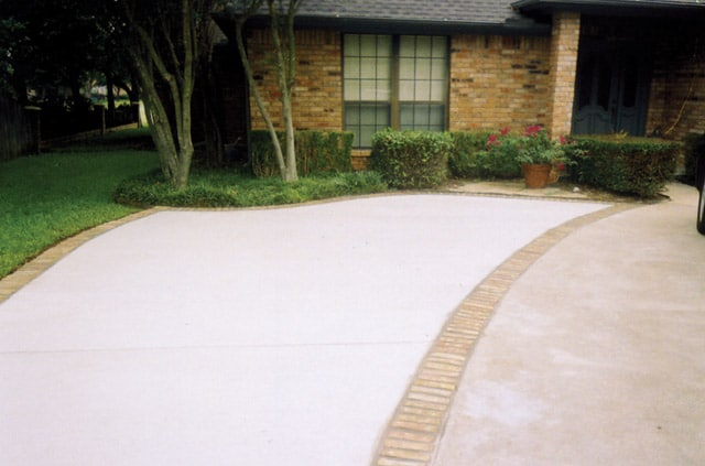 Residential Concrete Sidewalks| Driveways| Patios and Slabs