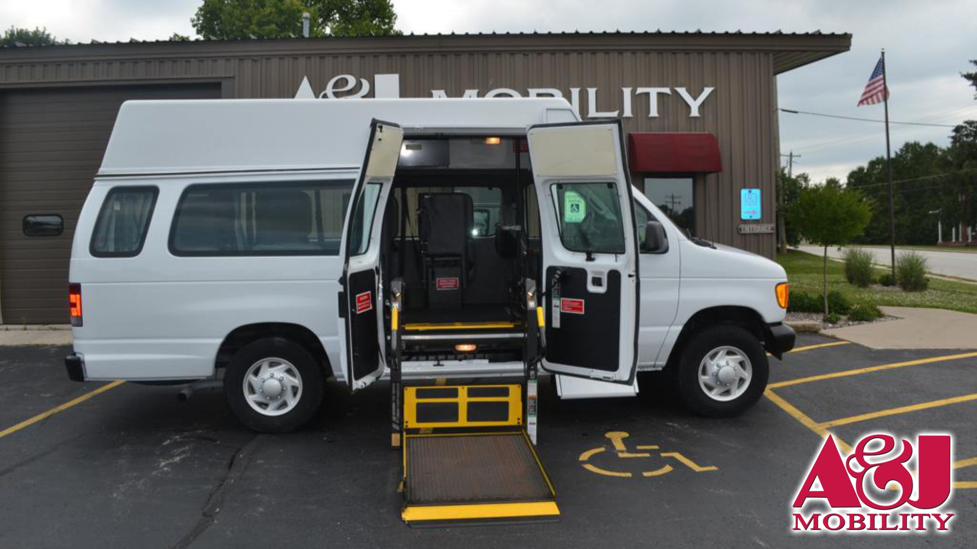 hight resolution of wheelchair van for sale 2006 ford econoline wagon stock 6da31900 a j mobility