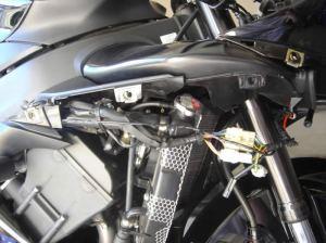 Yamaha R1 HID Instructions