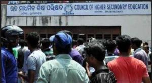 Students rage over the erroneous publication of CBSE +2 Results in Orrisa