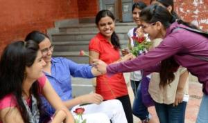 Today freshers mark their Delhi University debut
