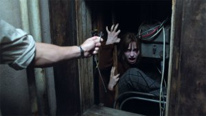 MAN DIES AFTER WATCHING CONJURING 2p