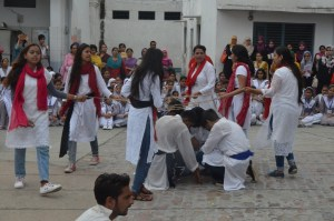 AMU students start awareness campaign to spread gender sensitization through Nukkad Natak
