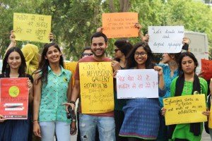 Jamia Students organise a march against consumerism for the campaign Urge2Splurge