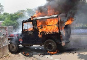 Allahabad university violence: FIR against 410 students, 11 sent to jail