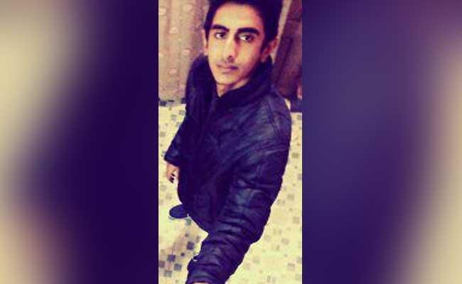 bihar-boy-killed-for-overatking_650x400_61462685124